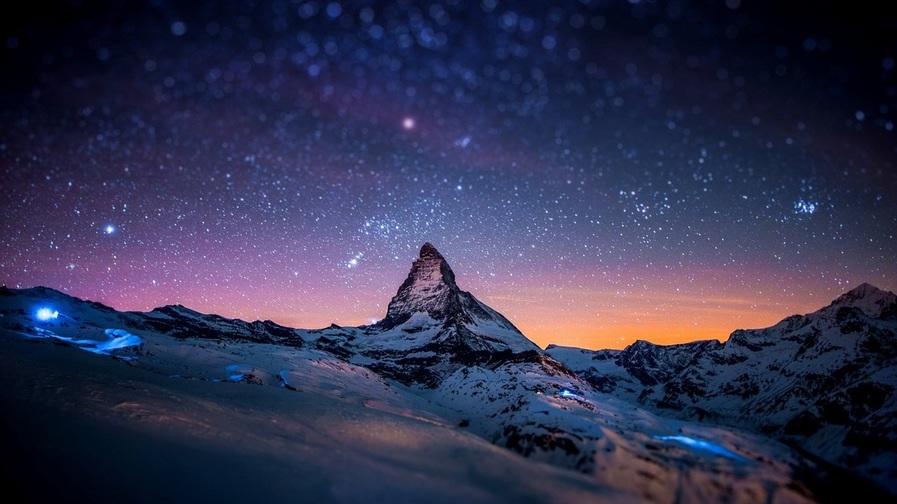 Cielo noche montaña noche